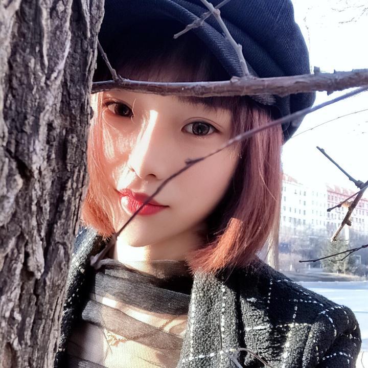 刘小雨吖。