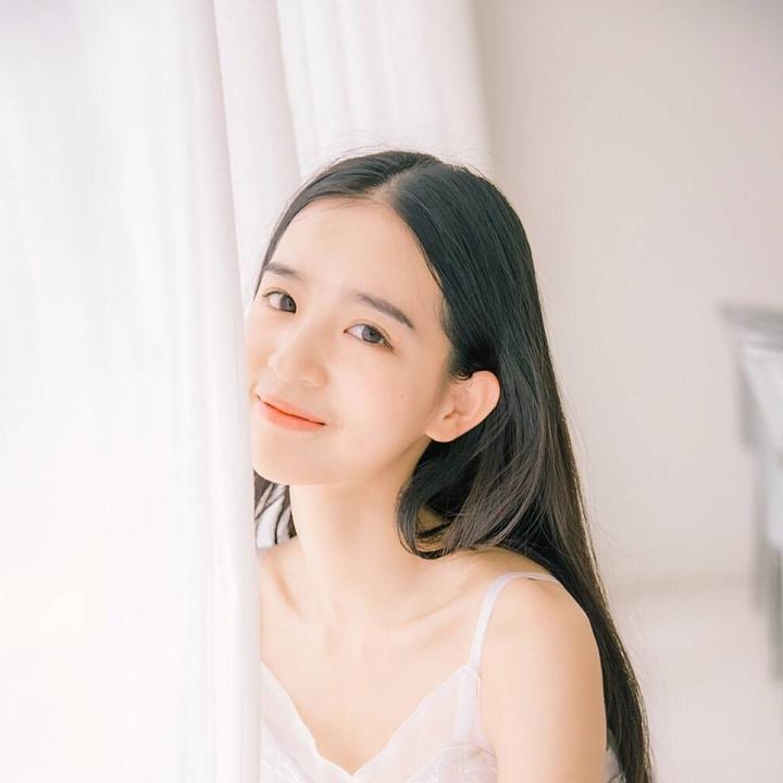 卢婧媛超可爱