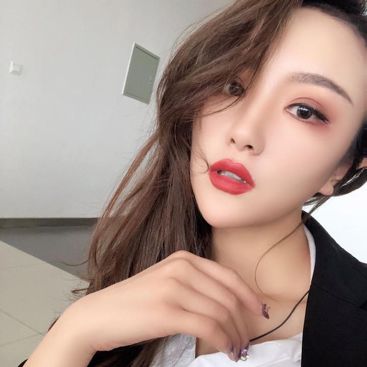 陈羽佳🦄️🧚♀️