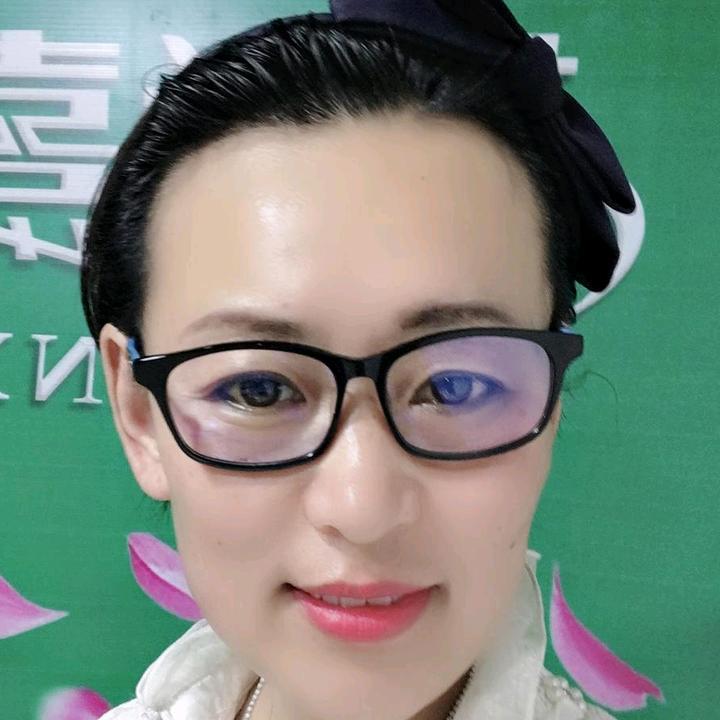 长岭金华化妆品店