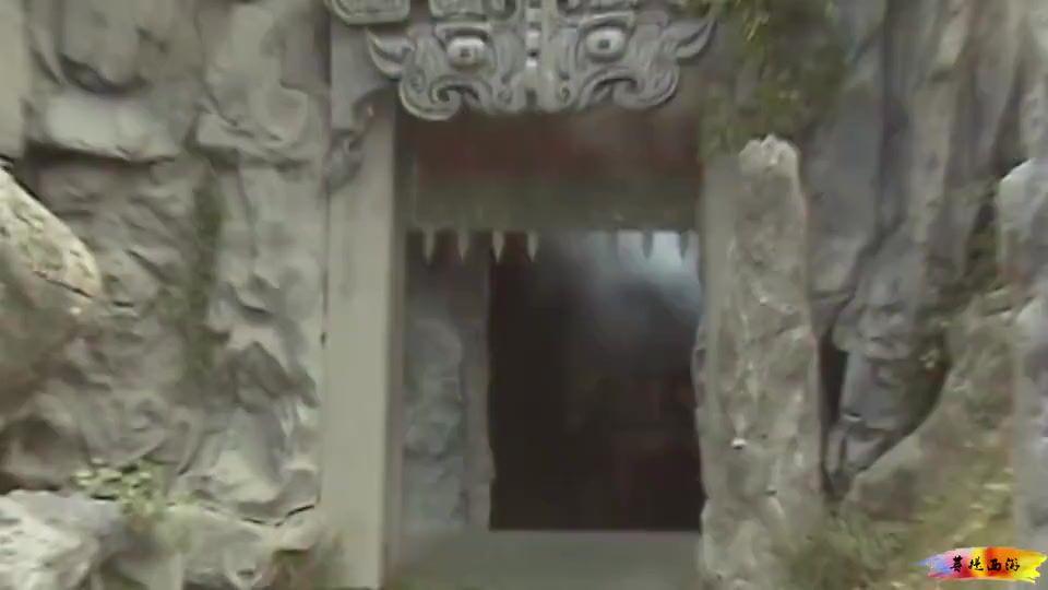 牛魔王不怕孙悟空,为何见了八戒却要逃跑?你看八戒怎么说的?
