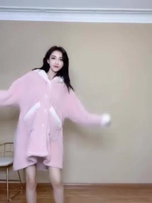 抖音Lss小姐姐的视频