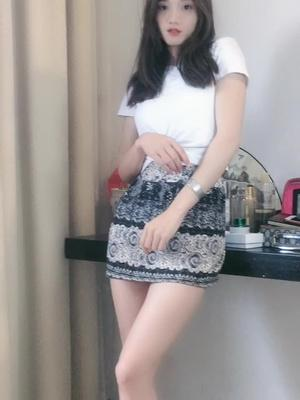 抖音南方姑娘(何巧巧)的视频