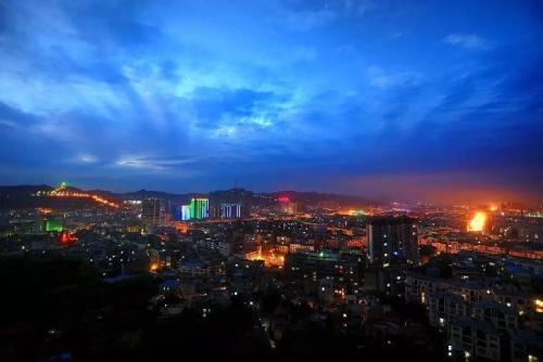"""四川省最""""大""""的县,是成都向南发展""""第一城"""""""